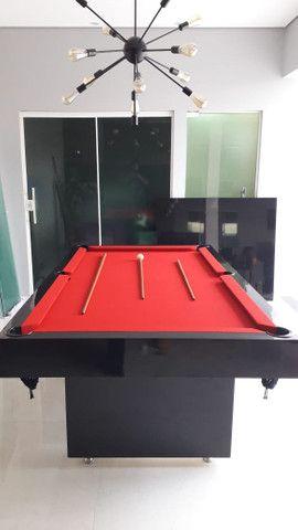 Mesa Sedução Dois Pés Cor Preta Tecido Vermelho Mod. LJZB4473 - Foto 2