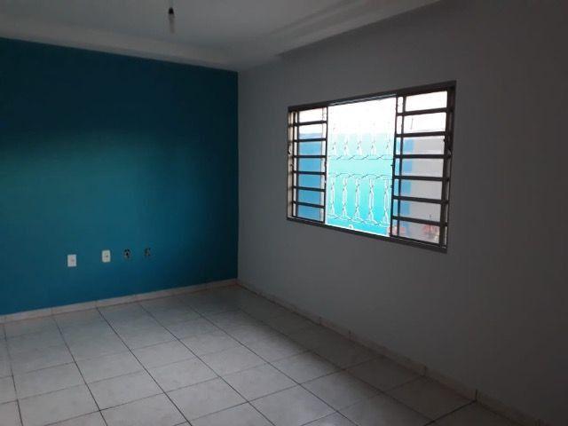 Alugo casa no St. Parque Amazônia, Goiânia-GO - Foto 6