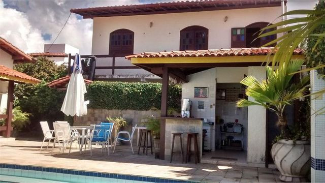 Casa De 640 m² 6/4 Com 2 Suites,2 Salas,5 Banheiros,Piscina No Cond.Vale Do Jaguaribe