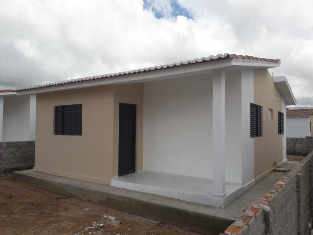 Vende-se ou troca-se por carro, uma casa nova recém construída em condomínio fechado - Foto 11