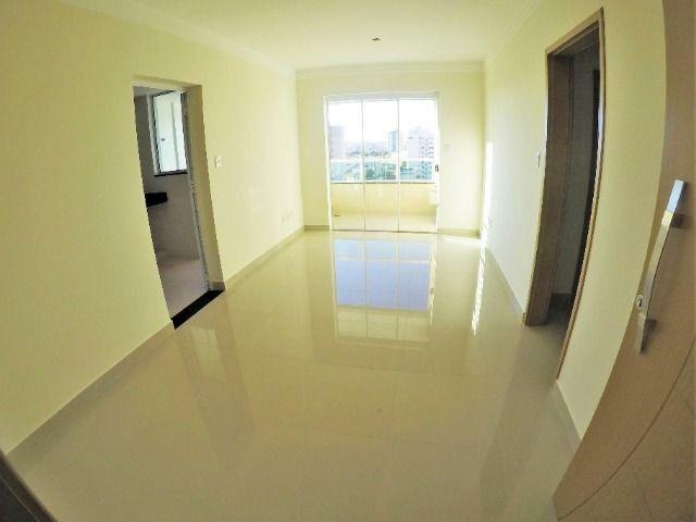 Apartamento Novo com Fino Acabamento 3/4 Suíte Varanda Gourmet - Ao lado da UFU - Foto 2