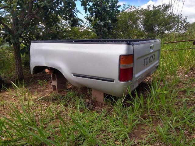 Toyota Hilux 4x4 - Foto 2