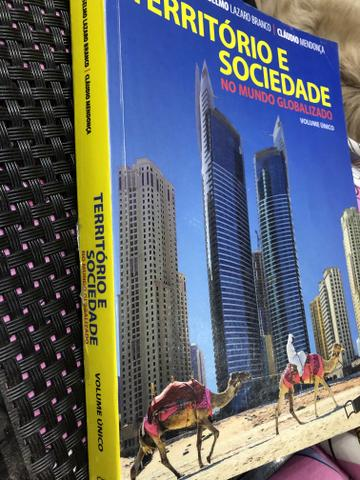 Livro - Território e Sociedade no Mundo Globalizado - Foto 2