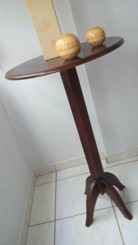 1 Mesa alta de madeira nova tipo bistrô ou decorativa 1m altura 60cm diâmetro