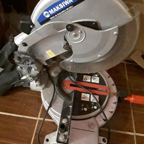 Serra meia esquadria Makisiwa 220 volts