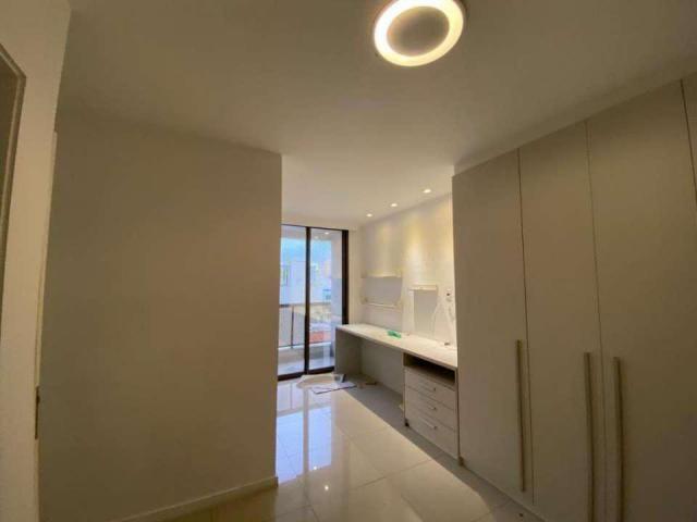 Cobertura Duplex para Venda em Niterói, Icaraí, 4 dormitórios, 2 suítes, 3 banheiros, 3 va - Foto 12