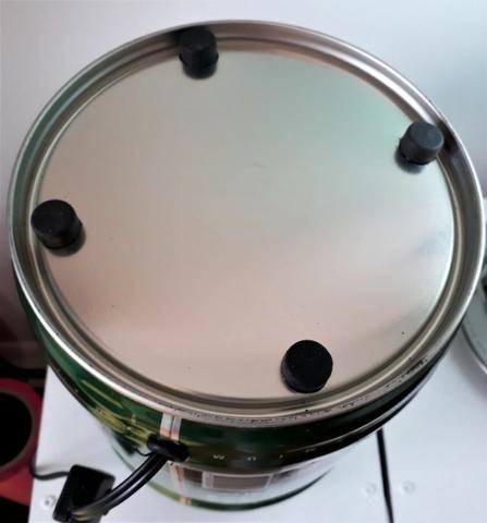Luminaria mesa abajur barril cerveja heineken 5 L bivolt luz branca quente - Foto 4