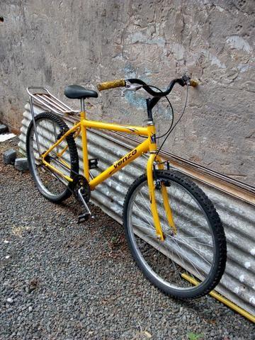 Vendo bike aro 26, ou troco