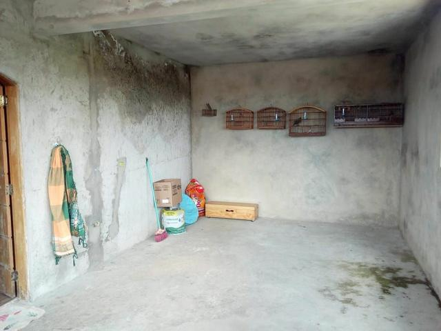 Vendo uma bela casa em local muito agradável pra quem gosta de tranquilidade. - Foto 6