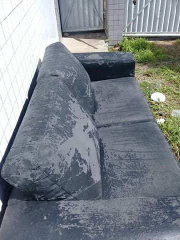Sofa dois lugares precisando de cobrir - Foto 3
