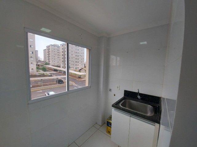Ap Semi Novo/Vários Armários/Cozinha Planejada/Sanca Gesso c.iluminação/Espelhos/Ar Split  - Foto 8