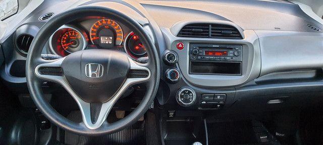 Honda Fit LX 1.4 flex impecável,  todo revisado  - Foto 17