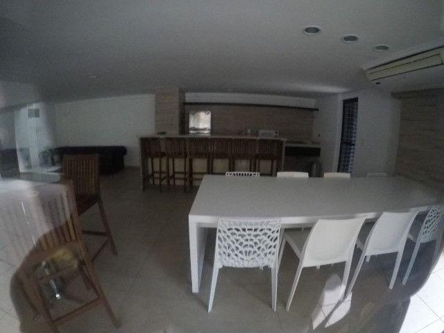 Apartamento 3 Quartos +DCE, Varanda, Completo de Armários - Ponta Verde - Foto 7