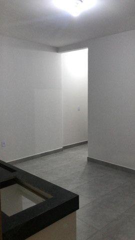 Alugo Apartamento de 1 Quarto Prox Portal Shop - Foto 2