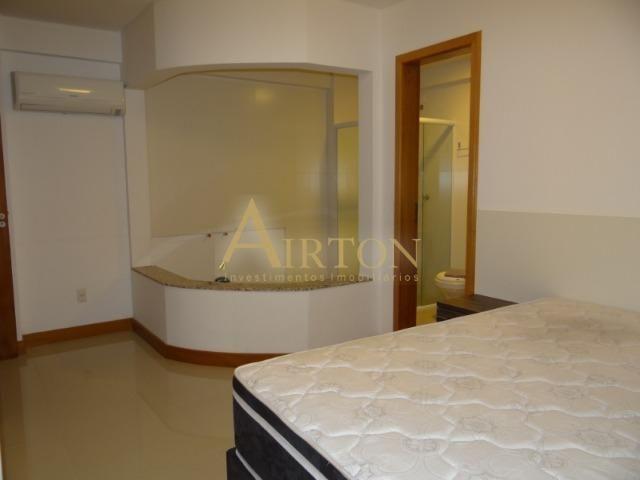 L4041 - Apto 04 Dormitórios sendo 02 Suítes, 02 Vagas, Ótima localização em Meia Praia - Foto 7