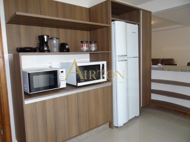 L4041 - Apto 04 Dormitórios sendo 02 Suítes, 02 Vagas, Ótima localização em Meia Praia