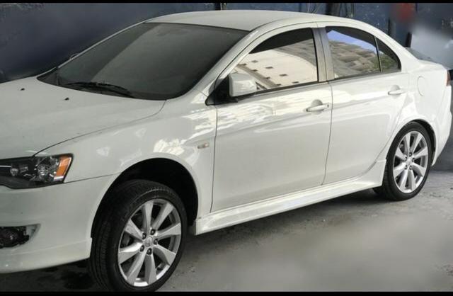 Mitsubishi Lancer 2013 Batido Sem Sinistro