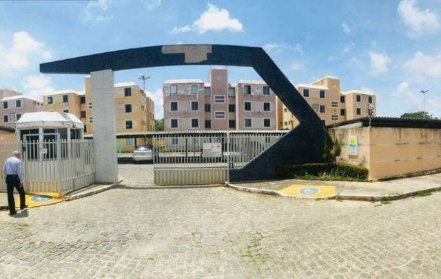 Apartamento no Condomínio Via Solares 3/4 sombra- Santa Lucia