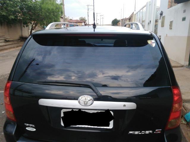 Corolla Fielder s Toyota
