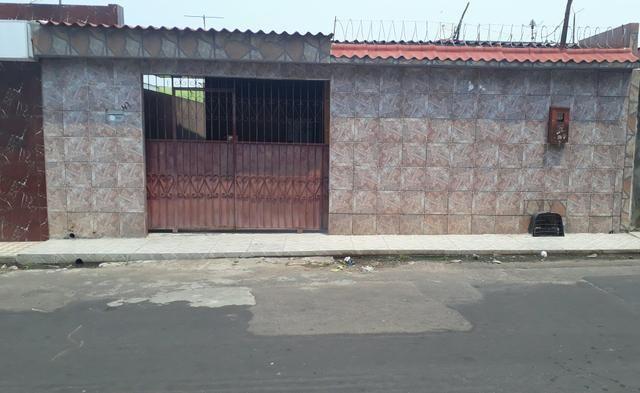 Casa no bairro da compensa 3