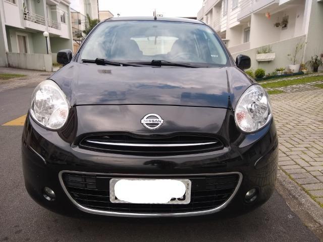 Nissan March 1.6 S 2013 / 14 - Foto 2