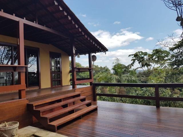 Casa 4 QTS sen do 1 suite em Condomínio Fechado em Domingos Martins