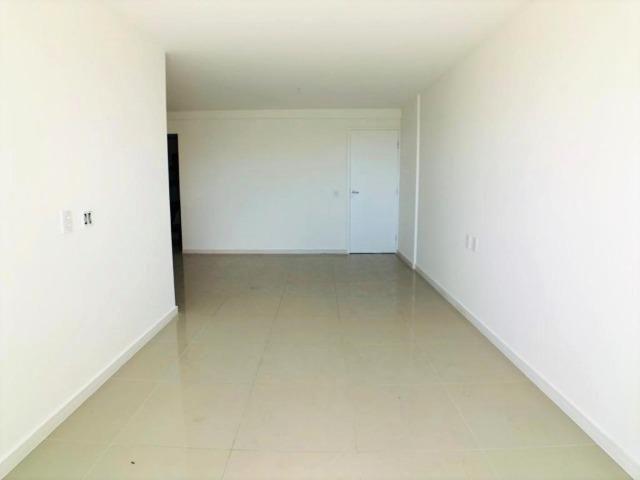AP0645 Apartamento com 3 suítes e 3 vagas no Ed. Padre Joaquim Dourado - Foto 5