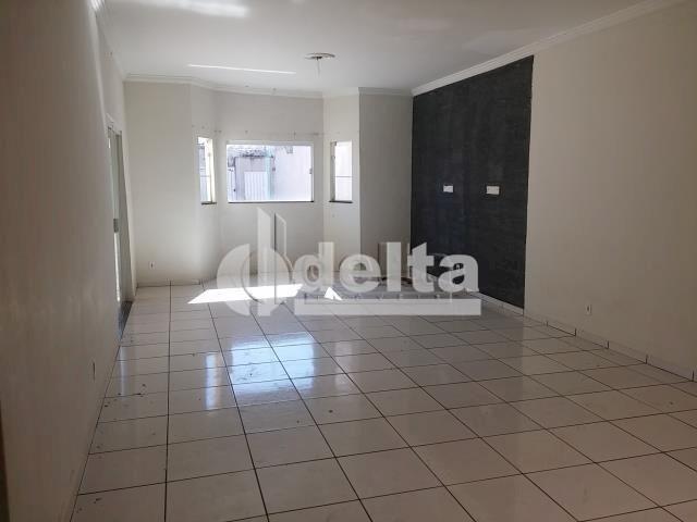 Casa à venda com 3 dormitórios em Pampulha, Uberlândia cod:28382 - Foto 2