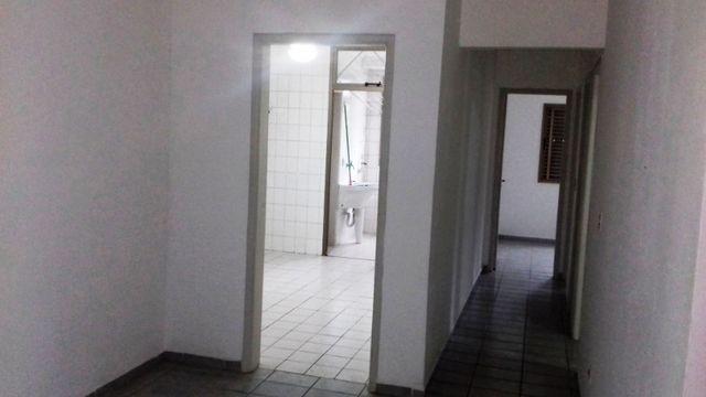 Apartamento 3 quartos suite com sacada Guaruja Tombo - Foto 3