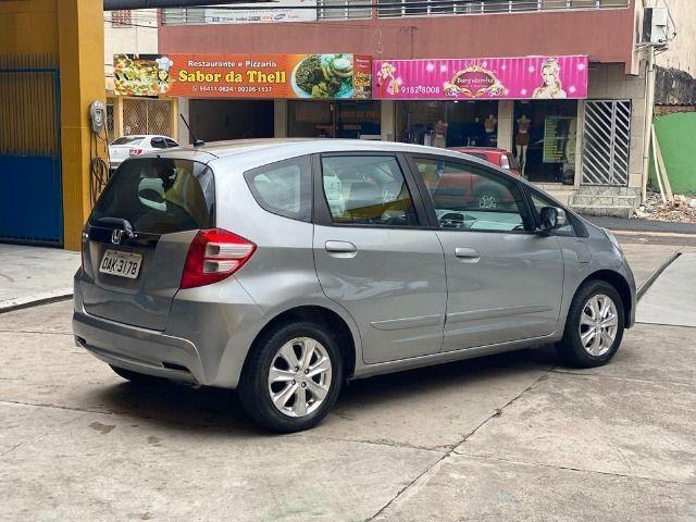 Honda Fit LX 1.4 aut. - 2013 - Revisões na autorizada/ Emplacado 2020/ Único dono - Foto 2