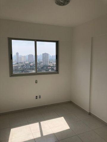 Apto dois quartos 1 suite -Lazer Completo Entrada 10 mil - Foto 2