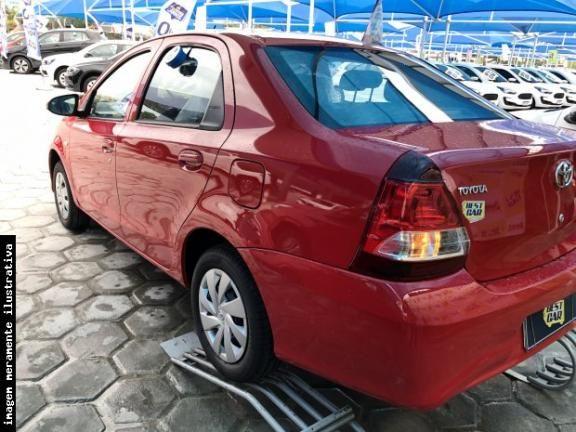Etios Sedan  - Foto 2