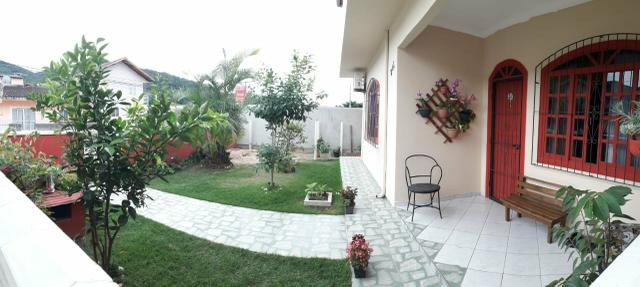 Excelente casa bem localizada - Foto 2