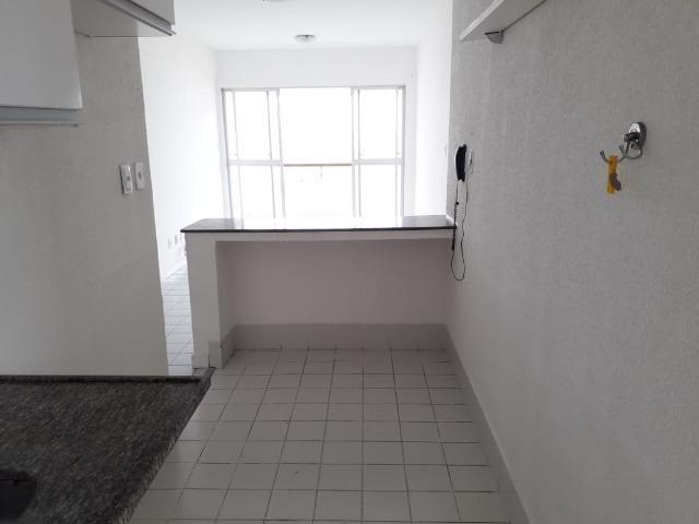 Apartamento de 2/4 com varanda com Vista Mar No Rio Vermelho - Foto 14