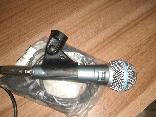 Vendo microfone shure 58 a novinho sem detalhes quem vê compra - Foto 6