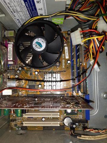 Gabinete completo Pentium 4