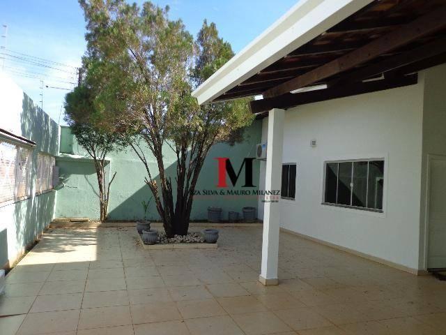 Alugamos casa com 3 quartos, piscina, proximo ao shopping - Disponivel pra visita apos 15/ - Foto 5