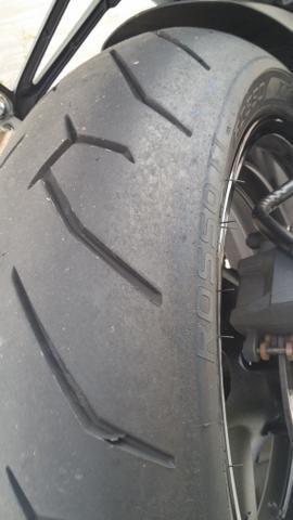 Pneu Pirelli diablo Rosso 2 medida 180 - Foto 3