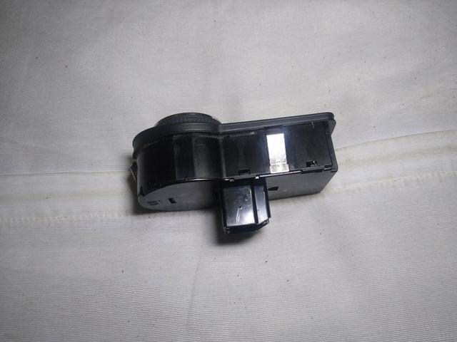 Botão do farol original s/milha s-10,Onix,Cobalt,spin,prisma - Foto 3