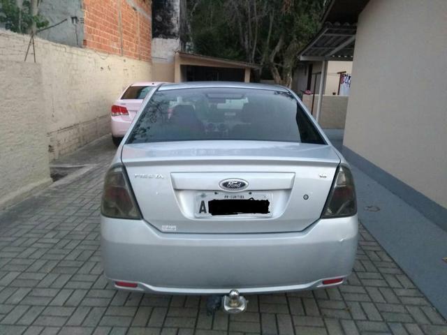 Fiesta sedan 1.6 class - Foto 2