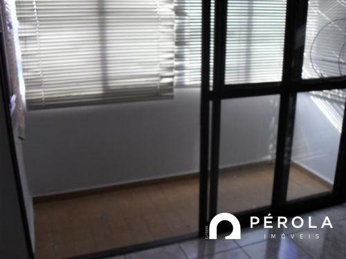 Apartamento com 3 quartos no APARTAMENTO 202 ED. NADINE - Bairro Setor Aeroporto em Goiân - Foto 8