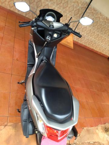 N-Max 16/17 Yamaha automática scooter - Foto 3