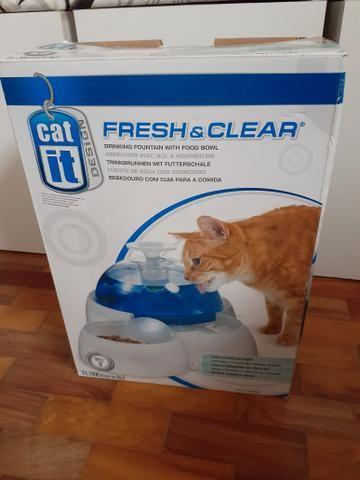 Bebedor gato com suporte pra por ração