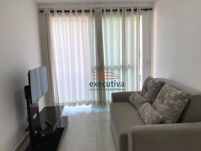 Apartamento com 1 dormitório para alugar, 57 m² por R$ 1.850,00/mês - Jardim das Colinas -