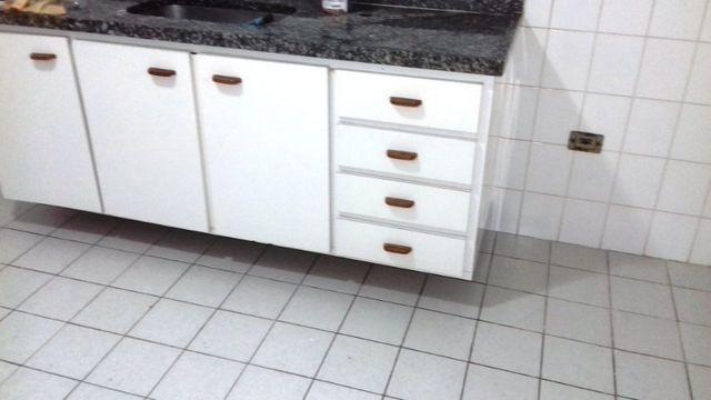 Apartamento 3 quartos suite com sacada Guaruja Tombo - Foto 4