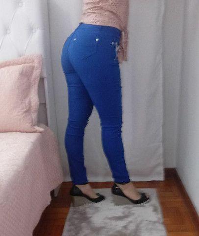 Calça feminina azul número 40 - Foto 2