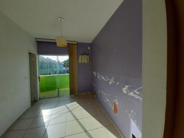 Maravilhosa casa em condomínio na Glória - Foto 13