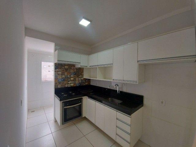 Ap Semi Novo/Vários Armários/Cozinha Planejada/Sanca Gesso c.iluminação/Espelhos/Ar Split  - Foto 6