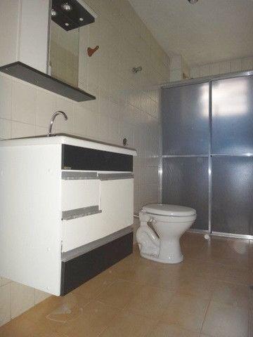 Apartamento para alugar com 3 dormitórios em Zona 07, Maringa cod:04302.002 - Foto 8