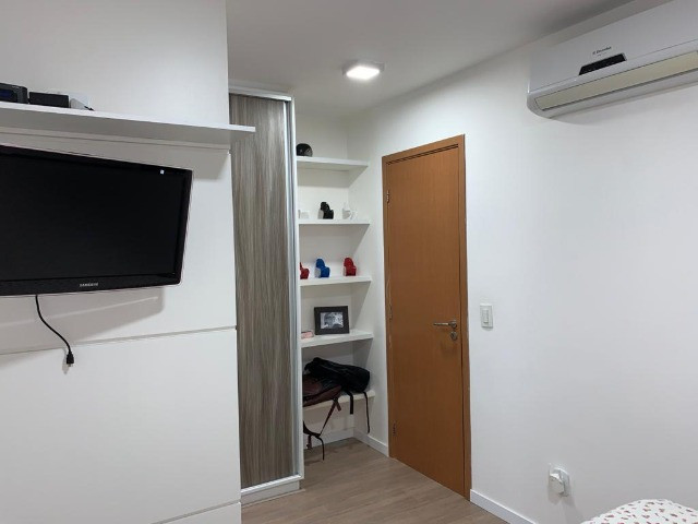 Apartamento 3 Quartos +DCE, Varanda, Completo de Armários - Ponta Verde - Foto 6